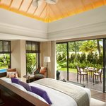 Beachfront Layan Pool VIlla - Bedroom