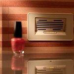 In-room nail dryer