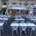 "restaurant le crystal devant la garderie "" la farandole"""