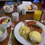 フリーの朝食