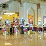 Shangri-La Hotel, Qaryat Al Beri, Abu Dhabi  |