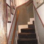 L'escalier qui monte à la chambre