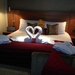 Anniversary greeting bed