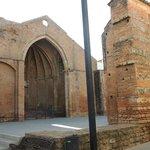 Mura e chiesa di S.Martino