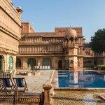 La piscine du palais...