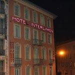 L'hotel visto dalla stazione di Nizza