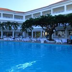 Main Pool/Pool Grill