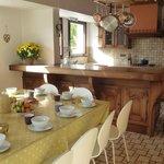Kitchen breakfast & afternoon tea room