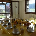 Breakfast and afternoon tea room with panoramic mountain views