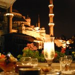 A romantic dinner with Blue Mosque