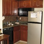 South Bend, IN Staybridge Suites -- Kitchen 2