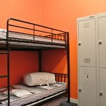 delux 6 bed dorm with lockers