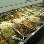 Buffet de saladas/pratos frios