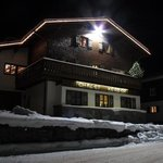 Chalet Kerber by night