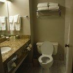 Clean bathrooms, heated floors