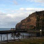 Hotel an der Klippe (Sicht von Funchal kommend)