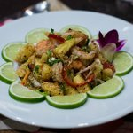 Salade d'ananas frais aux crevettes