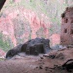 Rojo hike to hidden temple