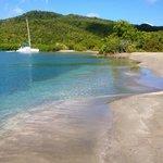 Baie du trésor, prévoir 1 litre d eau par personne pour l aller-retour.