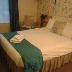 Great clean quiet room!