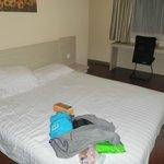 Hanting Express Hotel room