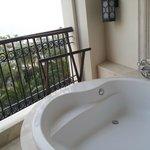 Bathtub at the balcony