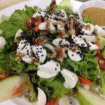 Mozzarella salad with green apple