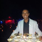 Coupe de champagne après le spectacle du 31avec le beau sourire de Hicham GO tennis encore félic