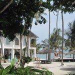 le restaurant, la piscine, la plage