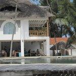 piscine et le restaurant