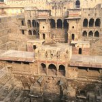The amazing stepwell only 1km from the camp