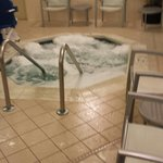 Powerful hot tub, really hot!!