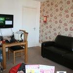 Flat 6 living area/kitchen