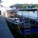 Embarcación de buceo