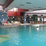 piscina hotel Ajda