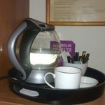 Набор для чая и кофе в номере Superior Extra.