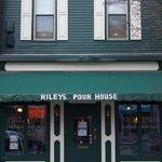 Riley's Pour House, Carnegie, PA