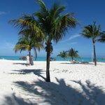 Treasure Cay Beach 3.5 miles of white powder