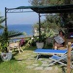 un angolo speciale del giardino mediterraneo