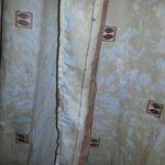Tenda della doccia del bagno stanza 303