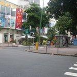 frente al Hotel en avenida principal Visconde de Pirajá