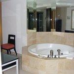 Hot tub bath
