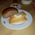 The halve hahm. Cheese with bread & butter