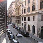 вид на виа Палермо, тихая улица