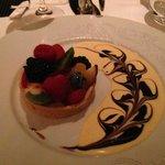 Fruit tart - devine!