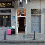 Blanca paloma Hotel Entarance