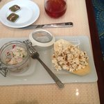 Rubbery Ceviche with stale popcorn !