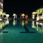 staybridge pool