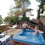 Love Nest Cabin Decking And Hot Tub Area