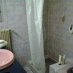 Salle de bain et joints jaunis